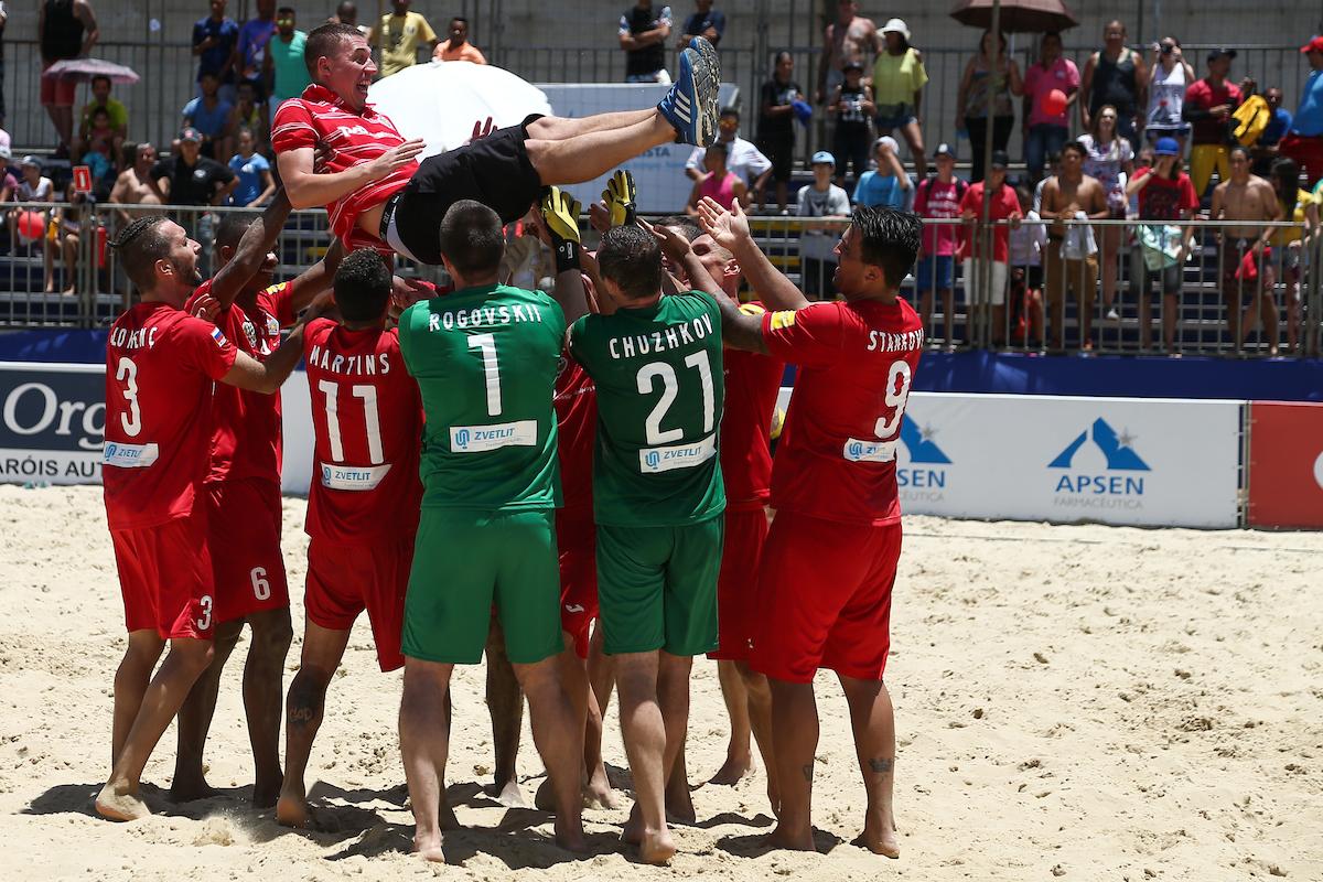 АО «Цветлит» поздравляет с победой  команду  «Локомотив» по пляжному футболу